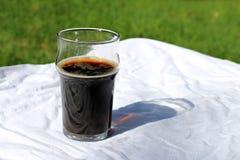 Dom, alkohol, gorzała, ciecz, biel, zbliżenie, pojedynczy, napój, napój, odświeżenie, orzeźwienie, fermentował, carbonated, szkło fotografia royalty free