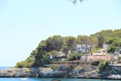 Dom blisko Cala Gran zatoki Zdjęcia Stock