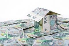 Dom budujący z Polskim pieniądze Zdjęcia Stock