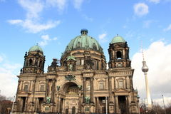 Dom del berlinés y torre de la TV en Berlín Fotos de archivo