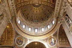 DOM della basilica di St Peters Immagini Stock Libere da Diritti