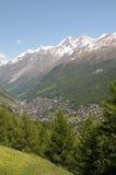 DOM e Taschhorn sopra Zermatt Fotografia Stock Libera da Diritti