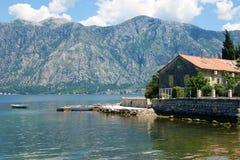 Dom jest w wiosce Stoliv fotografia stock