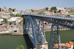 Dom Luis Bridge über dem Duero-Fluss in Porto Stockfotos