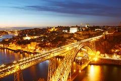 Dom Luis Bridge och Porto gammal stad, Portugal Fotografering för Bildbyråer