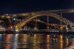 Dom Luis iluminado 1 ponte, Porto, Portugal fotografia de stock royalty free
