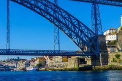 Dom Luis w Porto, Przerzucam most i Ribeira brzeg rzeki Fotografia Stock