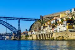 Dom Luis w Porto, Przerzucam most i Ribeira brzeg rzeki Zdjęcie Royalty Free