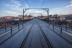 Dom Luiz Przerzucam most w Porto Zdjęcie Royalty Free