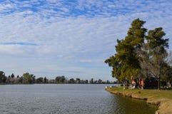 Dom na jeziorze Fotografia Stock