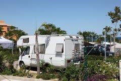 Dom na kółkach na campingowym miejscu Obrazy Stock