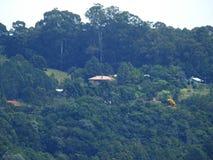 Dom na wierzchołku wzgórze zdjęcia stock