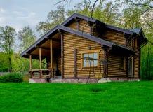 Dom na wsi, chałupa, wakacje dom Obrazy Stock