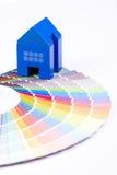 dom nad palety zabawka zdjęcie royalty free
