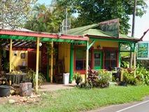 Dom opierający się owocowy vending miejsce Hawaje Zdjęcia Stock