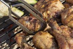 Dom Piec na grillu grilla kurczak Bez kumberlandu zakończenia Up Zdjęcie Royalty Free