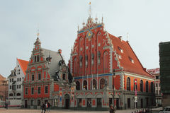 Dom Przewodzący przy urzędu miasta kwadratem - budynek czternasty wiek łotwa Riga Zdjęcia Stock