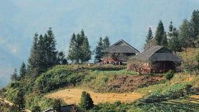 Dom przy tarasowatymi górami w Sa Pa zdjęcie wideo