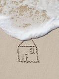 Dom, rysuje w piasku Zdjęcia Stock