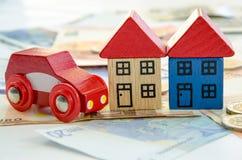 Dom, samochód i banknoty, Zdjęcie Royalty Free