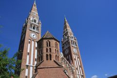Dom Square och för helig Treenighet kolonn Szeged - Ungern Royaltyfri Foto
