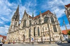Dom St Peter domkyrkan av Regensburg i Tyskland Royaltyfri Bild