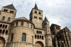 Dom St.Peter und Liebefrauenkirche stockbilder