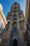 Dom Tower in de oude stad van Utrecht Stock Fotografie