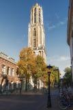 Dom Tower in de oude stad van Utrecht Royalty-vrije Stock Fotografie