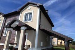 Dom w amerykańskim sąsiedztwie Zdjęcia Stock