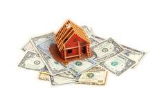 Dom w budowie na banknotach zdjęcia royalty free
