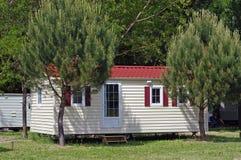 Dom w campsite Fotografia Royalty Free