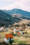 Dom w górach blisko poly Cetinje, Montenegro, aga Obraz Royalty Free