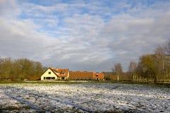 dom wiejski zima zdjęcie royalty free