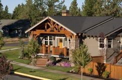 Dom z drewnianą fasadą Zdjęcie Royalty Free