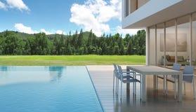 Dom z pływackim basenem w nowożytnym projekcie Zdjęcie Stock