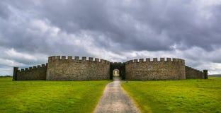 Domaine et Chambre inclinés de Hezlett, Castle rock, Londonderry, Irlande du Nord image stock