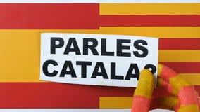 Domanda alla gente, parlate il catalano, illustrazione stock footage