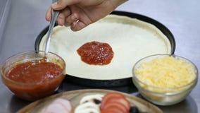 Domanda della salsa di pizza video d archivio