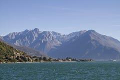 Domaso och sjö Como Arkivfoton