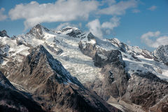 Dombai Sceneria skaliste góry w Kaukaz regionie w Rosja Obraz Stock