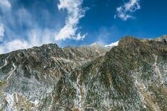dombay αιχμές βουνών βουνών Καύκασου Στοκ φωτογραφία με δικαίωμα ελεύθερης χρήσης