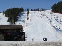 dombay κλίση σκι περιοχών Καύκασου Στοκ Φωτογραφίες