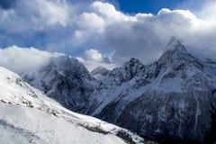 Dombey berg, vinterlandskap, snö och sol arkivbilder
