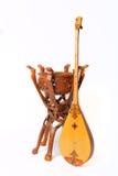 Dombra del instrumento del Kazakh y taikazan nacionales Imagen de archivo
