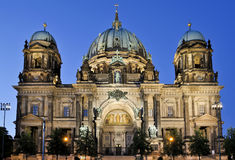 Dome in Berlin at night Royalty Free Stock Images