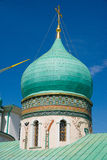The dome with golden cross in Resurrection New Jerusalem Monastery. The monastery was founded in 1656 by Patriarch Nikon, for which a plan of Moscow was to be re Stock Images