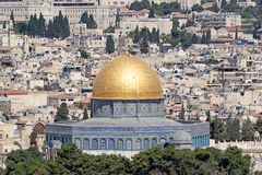 Dome of the Rock mosque. And Jerusalem old town cityview from Mount of Olives, jerusalem, Israel stock photography
