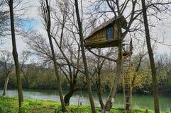 Domek na drzewie Obrazy Royalty Free