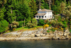 domek nad morze obraz royalty free